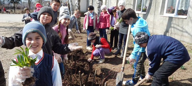 Together with the upcoming spring are also blooming the three Democracy Schools supported by the Institute for Rural Initiatives
